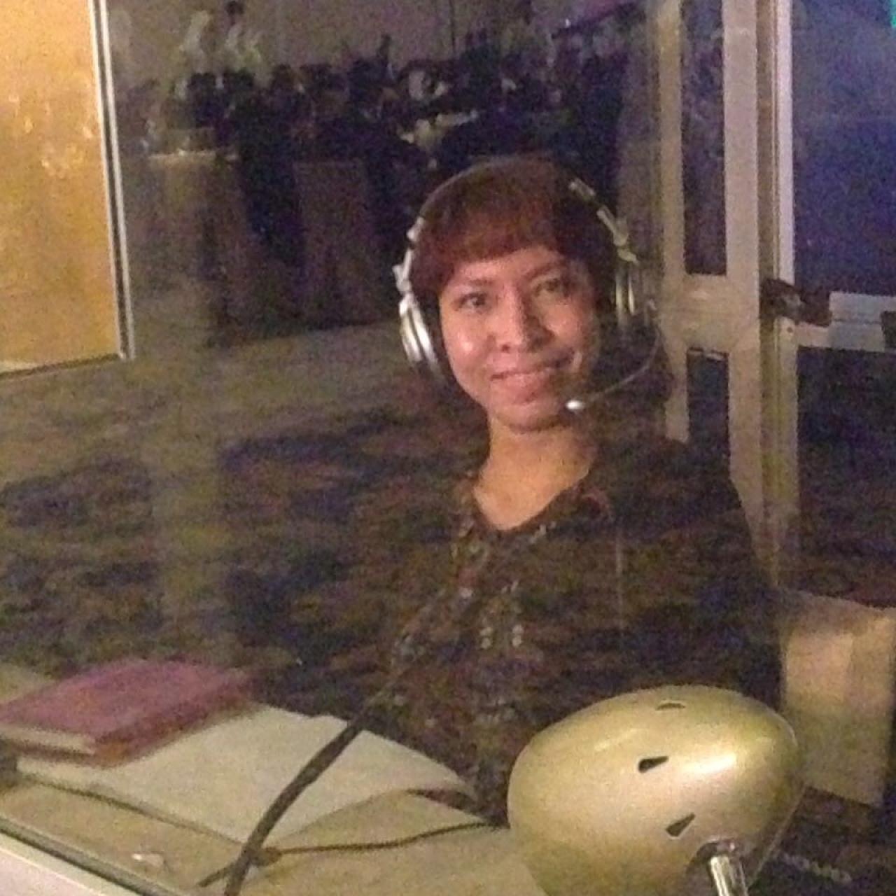 indonesian-conference-interpreter-in-bali